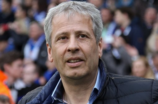 Gilt als Favorit auf den Trainerstuhl beim VfB: Lucien Favre Foto: dpa