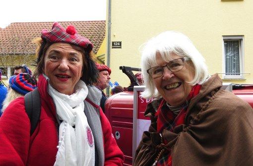Schwäbische Sketche, Handwerkskunst und inklusiver Tanz in den Mai