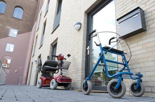 Ältere Menschen sollen Wohnungen für Familien räumen Foto: dpa