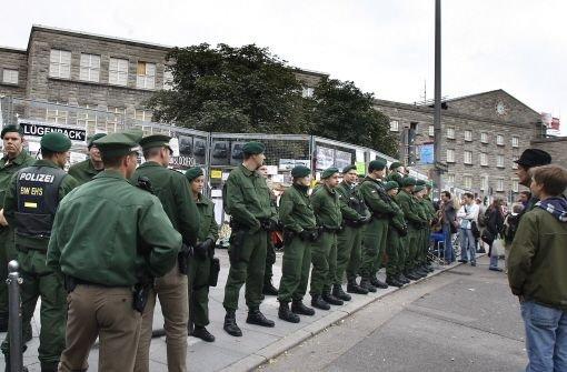 Polizeieinsatz am Nordflügel Foto: Kern