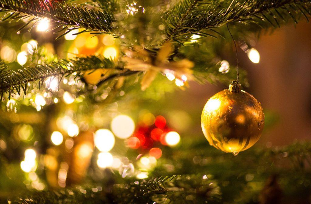 Weihnachtsbaum Ab Wann.Weihnachten Was Für Und Gegen Ein Weihnachtsbaum Aus Plastik