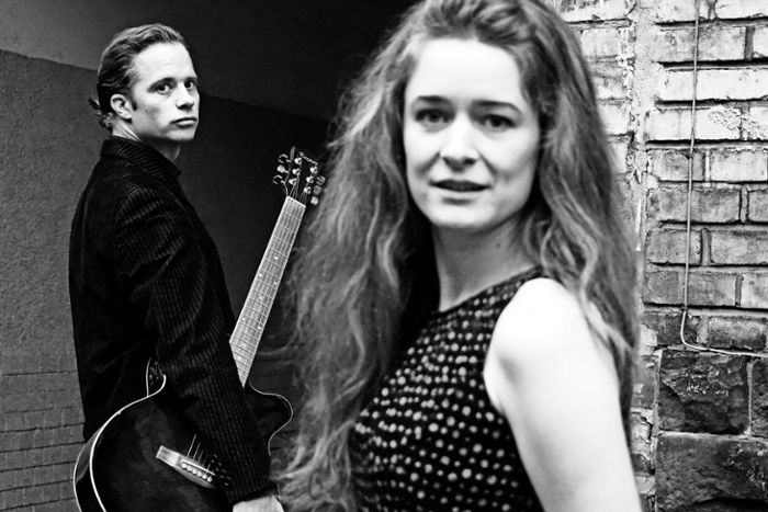 "Roman Roth spielt in ""Me and Mr Cash"" Johnny Cash, Lucie Mackert spielt June Carter. Am 24. Januar ist Premiere im Stuttgarter Theaterhaus."