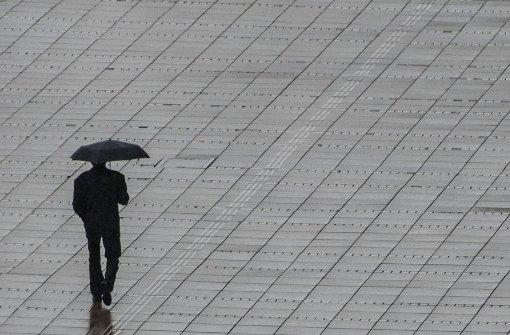 Der Sonntag startet regnerisch
