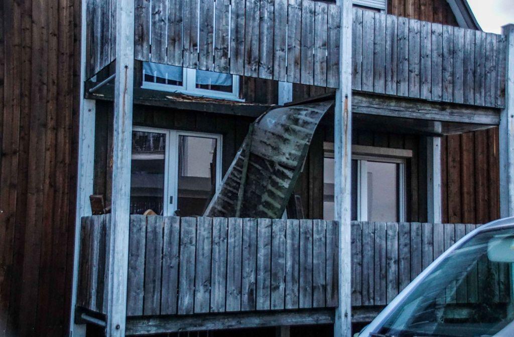 Stuttgart balkon eingestürzt