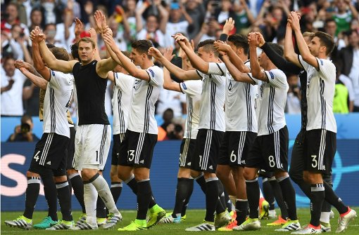 """Pressestimmen: """"Deutschland, so machst du Angst"""""""