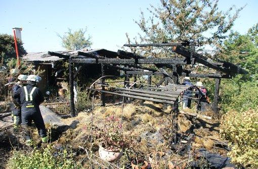 Lagerschuppen auf Schulgelände brennt aus
