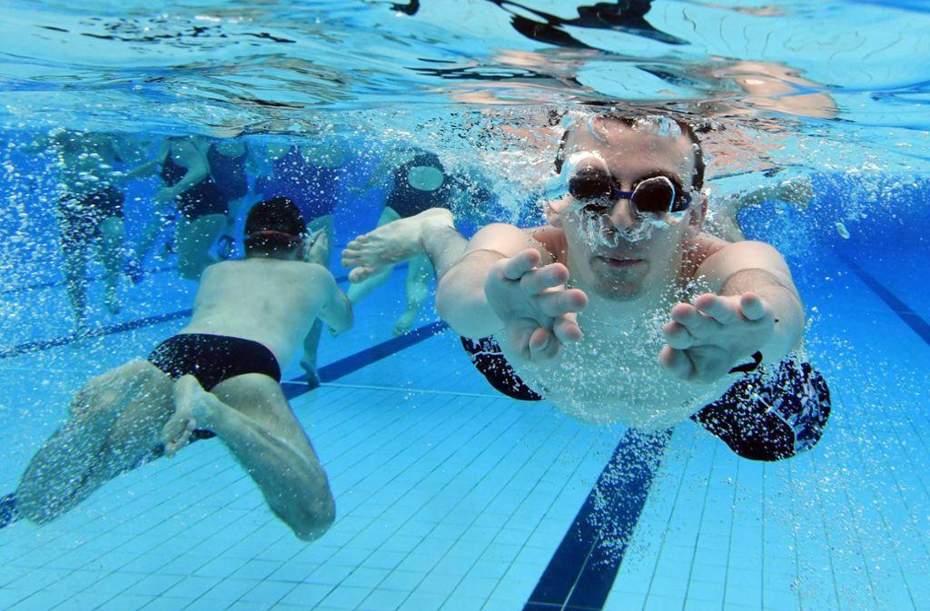 Corona Virus Schwimmbad