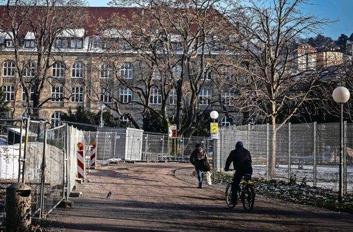 Der Weg zum Königin-Katharina-Stift  birgt für Schüler manche Unsicherheit. Foto: Lichtgut/Max Kovalenko