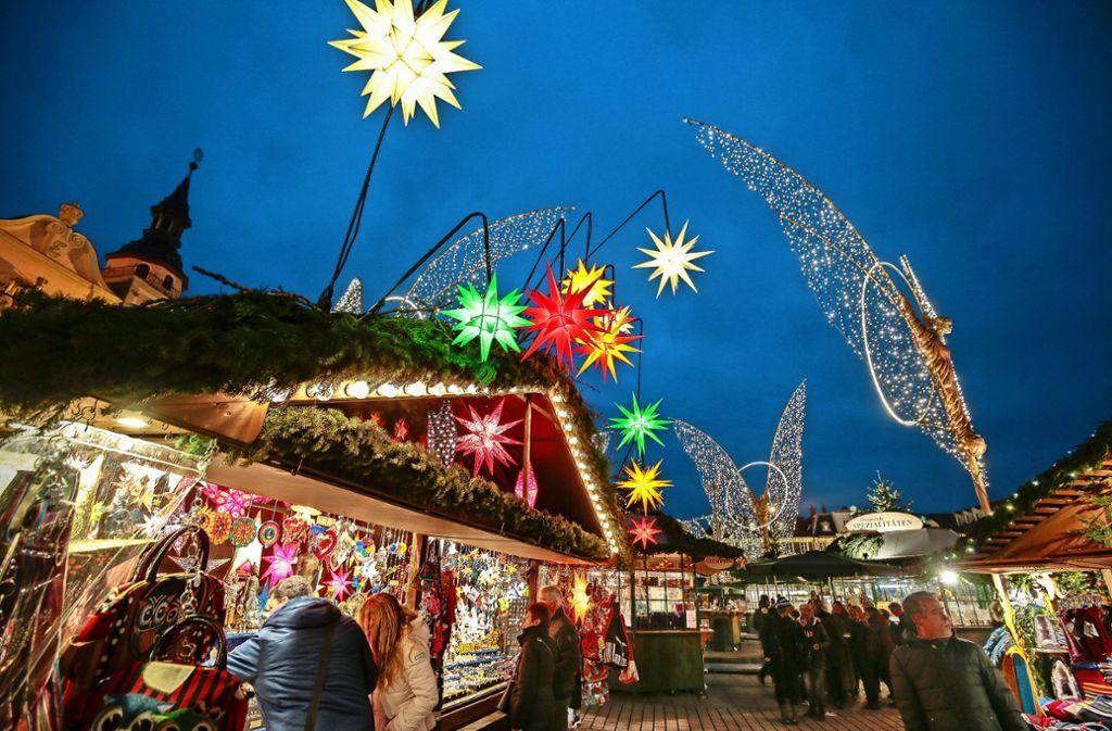 Ludwigsburg Weihnachtsmarkt.Weihnachtsmarkt Ludwigsburg Riesen Schlappe Für Den Hüttenwirt Vor