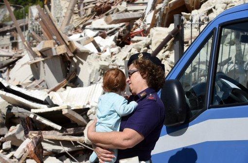 Mindestens 38 Tote bei Erdbeben in Italien