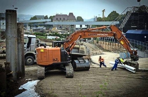 Für den Neubau der Stadtbahn-Haltestelle Staatsgalerie laufen oberirdisch bereits vorbereitende Arbeiten Foto: Lichtgut/Achim Zweygarth