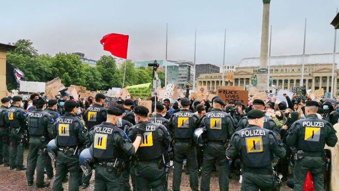 Black-Lives-Matter-Protest in Stuttgart: Ausschreitungen am Rande von Anti-Rassismus-Demo
