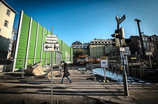 Bahn hebt für Tunnel mehr Häuser an