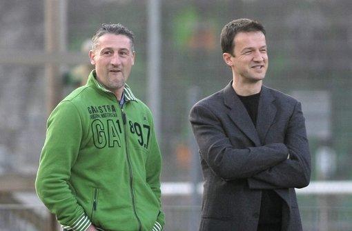 VfB-Coach Jürgen Kramny (links) und Ex-Sportvorstand Fredi Bobic. (Archivbild) Foto: Pressefoto Baumann