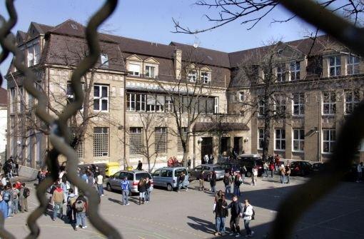 Noch liegt die Neckarrealschule an der Willy-Brandt-Straße im Stadtbezirk Mitte  Foto: Kern