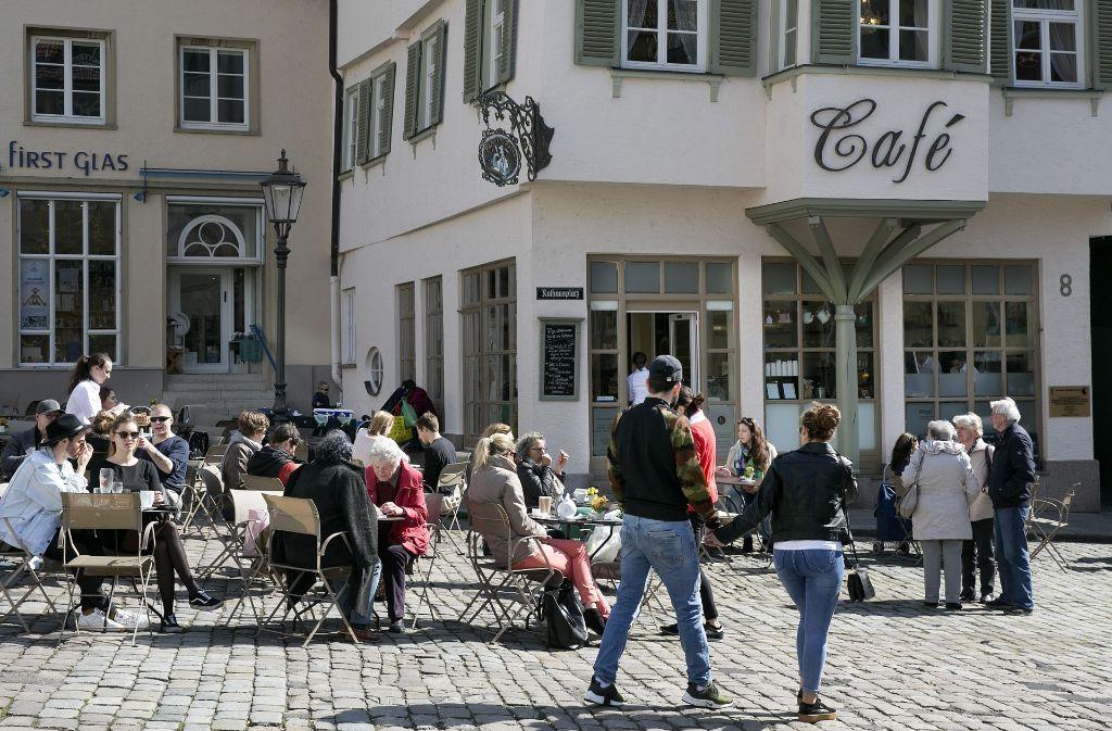 af6a0ff888a759 Außengastronomie in Esslingen Neuer Biergarten lockt an den Neckarkanal