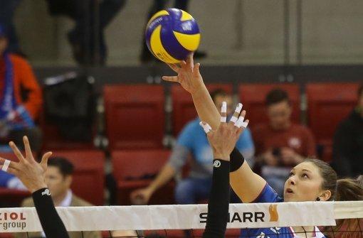 Ball vor Augen: Michaela Mlejnkova Allianz Foto: Baumann