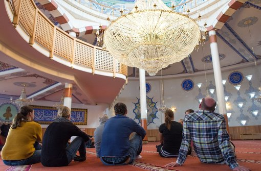Muslime öffnen Moscheen für Besucher