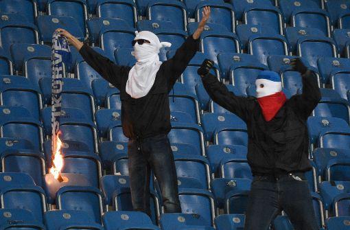 Ultras Versus Dfb Der Kampf In Deutschen Fussballstadien
