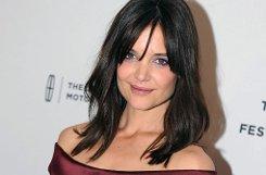 Die Schauspielerin ist experimentierfreudig, was ihre Frisur angeht: Sie trug schon Longbob mit lockerem Pony ... Foto: dpa