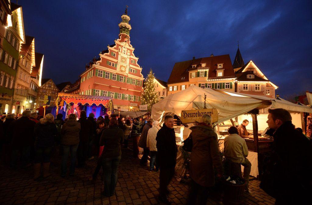 Aussteller Weihnachtsmarkt.Weihnachtsmarkt In Esslingen Zehn Fakten Zum Mittelaltermarkt