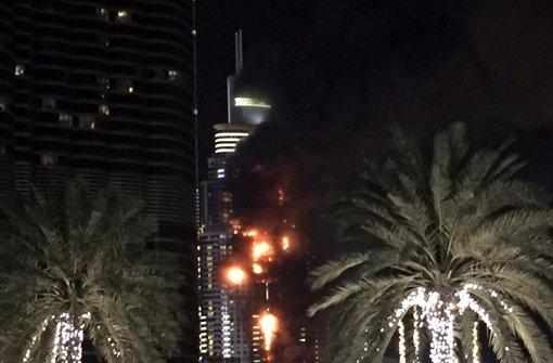 In einem Hochhaus in Dubai hat es kurz vor dem Jahreswechsel gebrannt. Foto: AP