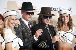 So sehen Sieger aus: Jan Delay und Udo Lindenberg Foto: dapd