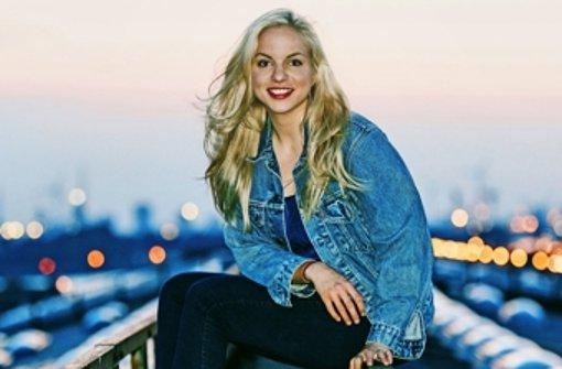 Julia Engelmann ist durch ihren Poetry Slam im Internet bekannt geworden. Foto: Marta Urbanelis