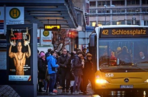 Die Busse auf der Linie 42 sollen künftig im Berufsverkehr häufiger fahren. Foto: Lichtgut/Achim Zweygarth