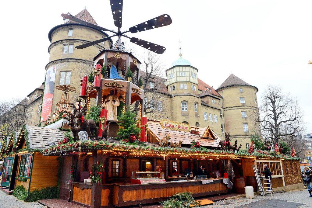 Wann Beginnt Der Weihnachtsmarkt In Stuttgart.Stuttgarter Weihnachtsmarkt Der Aufbau Ist In Vollem Gange