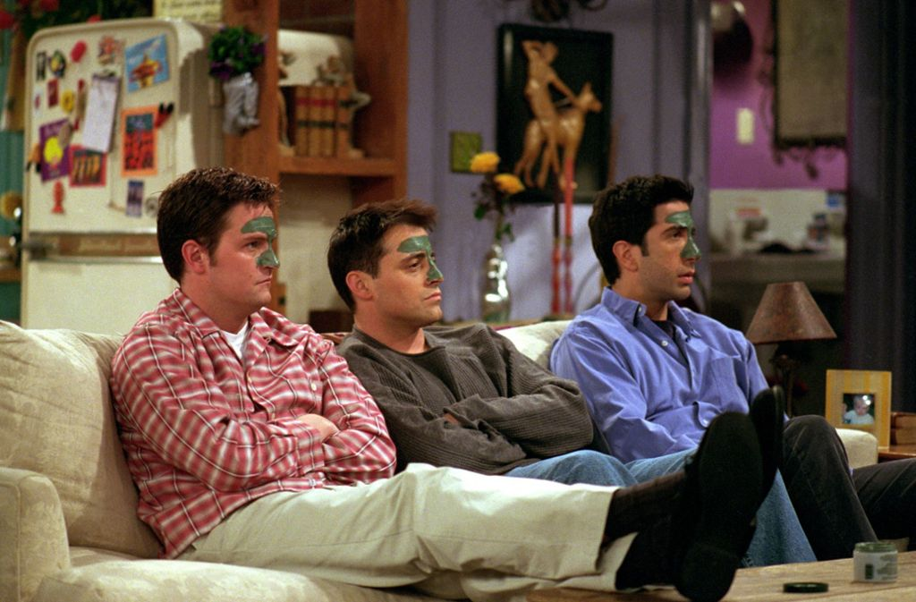 Chandler, Joey und Ross ziehen um. Foto: Warner Bros Entertainment