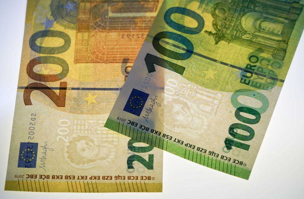 Zweite Euro Generation Komplett Neue 100 Und 200 Scheine Im
