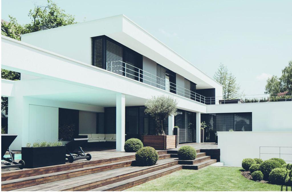 Schöner Wohnen auf der Ulmer Halbhöhe: Das weiße Haus ...
