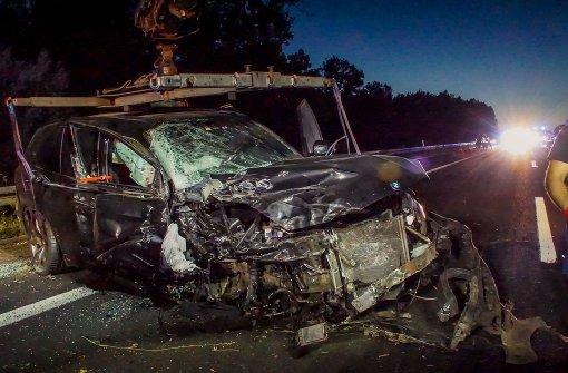 Drei Verletzte bei schwerem Unfall auf der A8