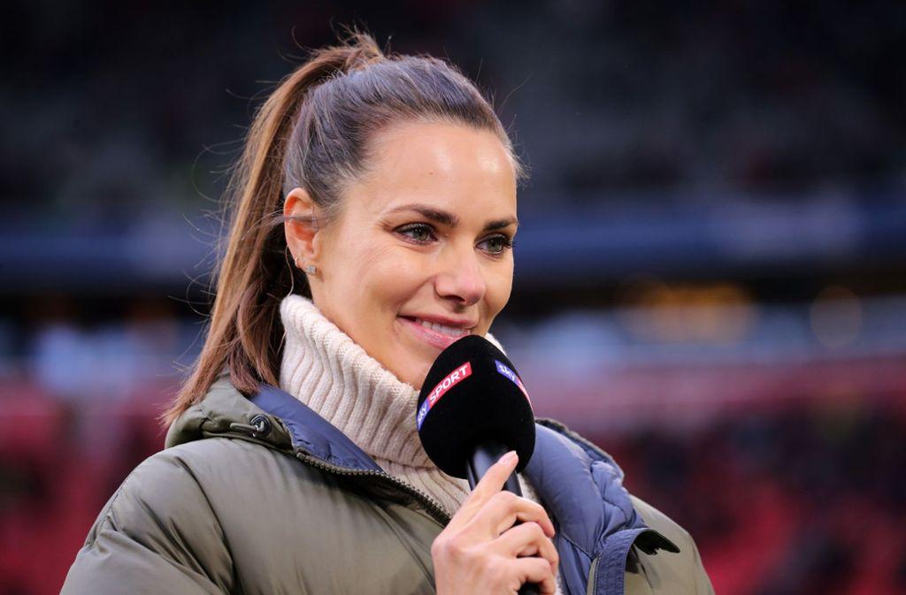 Esther Sedlaczek Kurioser Versprecher Der Sky Moderatorin