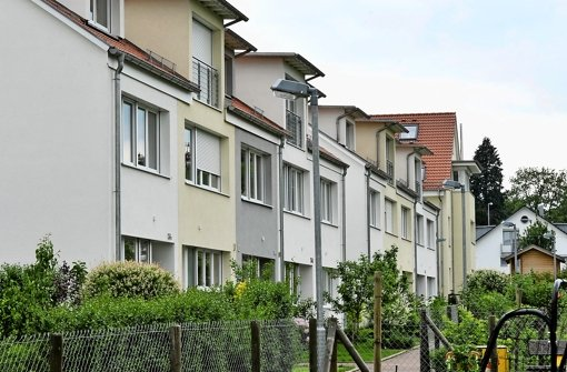 Ob Kauf oder Miete: Reihenhäuser, wie hier in  Vaihingen, kosten immer mehr. Foto: Kraufmann