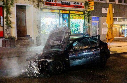 BMW brennt in der Innenstadt von Göppingen