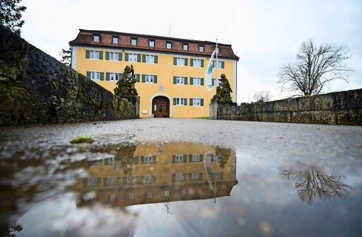 Das Schloss Grafeneck bei Gomadingen Foto: dpa