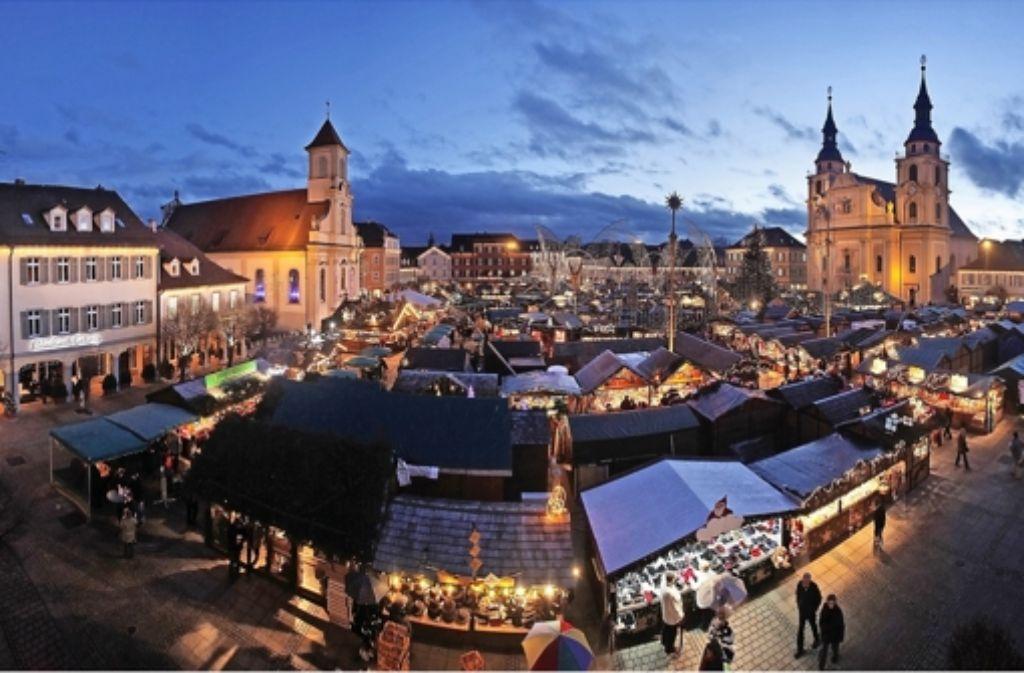 Standgebühr Weihnachtsmarkt Stuttgart.Weihnachtsmarkt Co Die Stadt Ludwigsburg Geizt Mit Zahlen