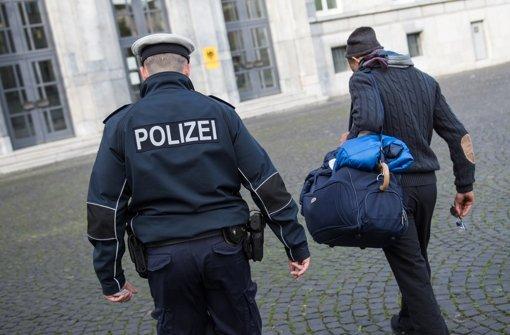 Immer mehr Flüchtlinge bekommen Probleme mit der Polizei Foto: dpa
