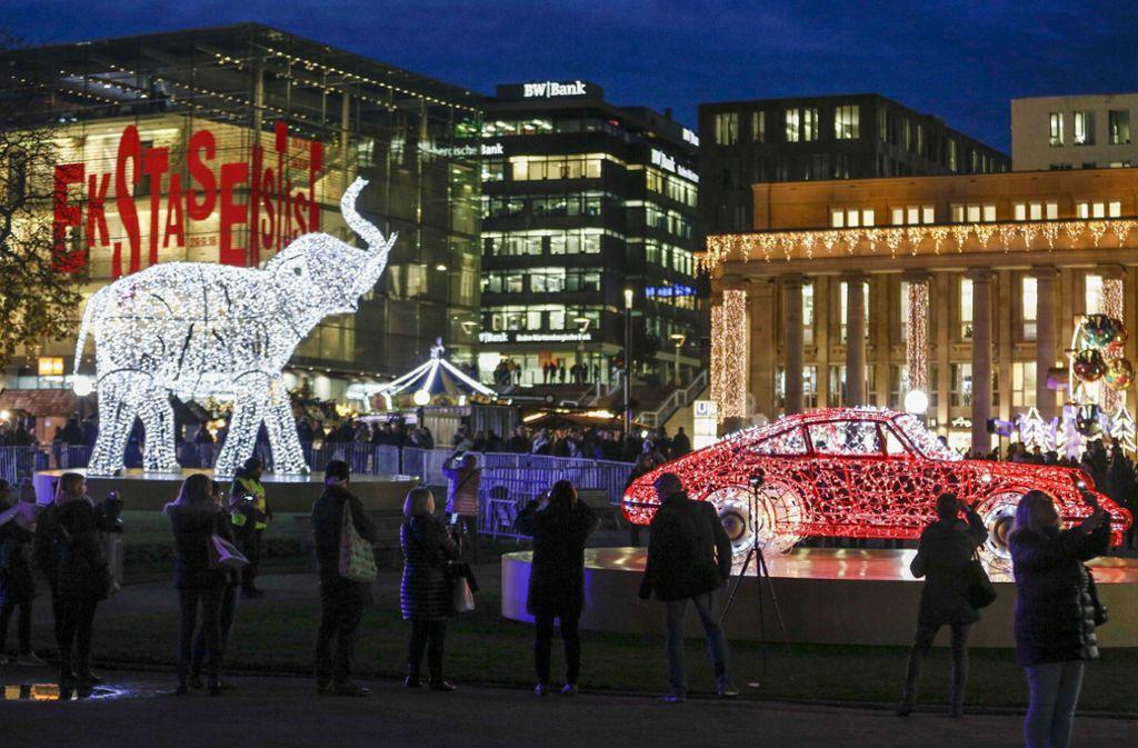 Die Stuttgarter City Leuchtet Zur Weihnachtszeit Dekoration Mit