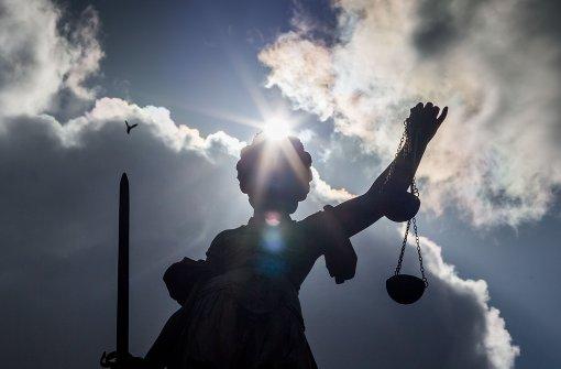 Antrag gegen Richter zurückgezogen