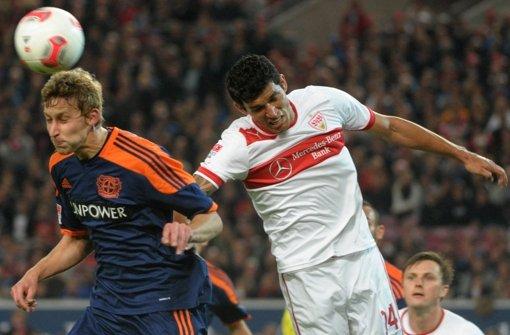 Maza im Einsatz für den VfB – aber wie lange noch? Klicken Sie sich durch die Bildergalerie. Foto: dapd