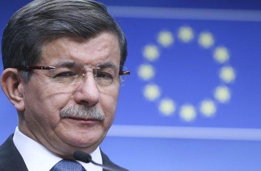 Beim EU-Gipfel am Montag hat der türkische Ministerpräsident Ahmet Davutoglu klare Forderungen seines Landes an die Mitgliedsstaaten gestellt. Foto: