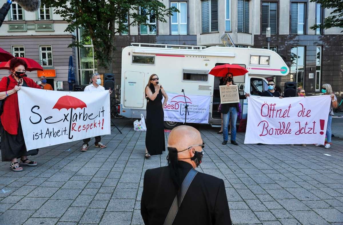 Prostituierte demonstrieren in Stuttgart gegen die