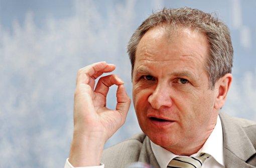 Baden-Württembergs Innenminister Gall schätzt die Gefahr durch Salafisten hoch ein, sieht das Land aber gut gerüstet Foto: dpa