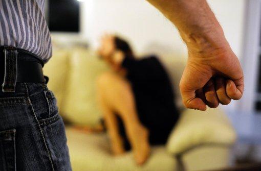 Stuttgart  bietet viele Anlaufstationen für Frauen, die häuslicher Gewalt    ausgesetzt sind. Foto: dpa