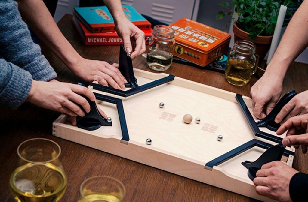 f nf spiele f r silvester spielerisch ins neue jahr panorama stuttgarter nachrichten. Black Bedroom Furniture Sets. Home Design Ideas