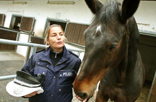 Polizei blitzt Pferd im Wald