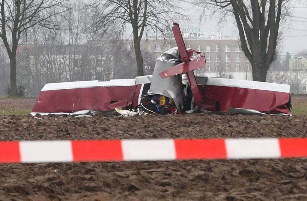 Hessen Zwei Tote Bei Flugzeugabsturz Panorama Stuttgarter